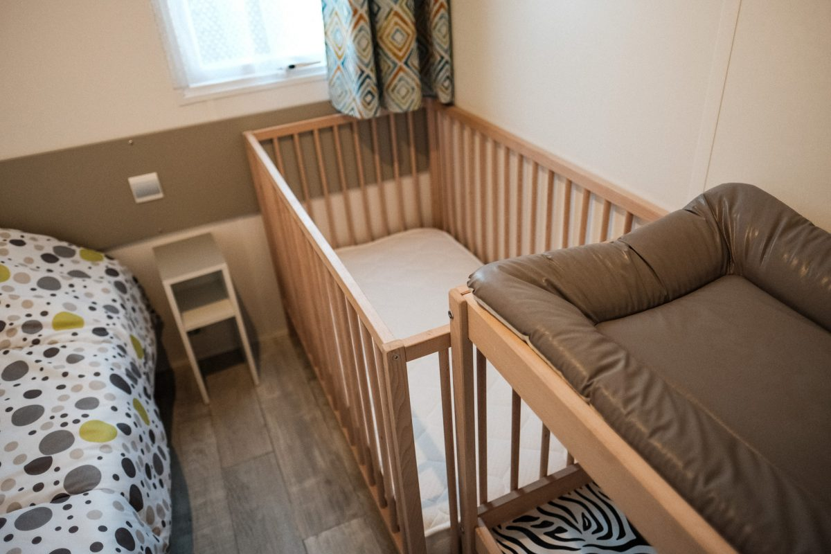 chambre bébé camping