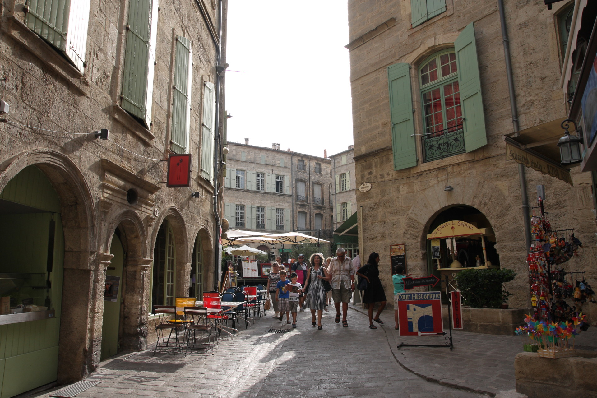 Camping holidays in the Herault french county Discovery of Pézenas